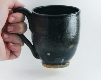 10 oz ounce Black Tea Cup / Unique pottery Mug with handle, Wheel Thrown Pottery ceramic stoneware
