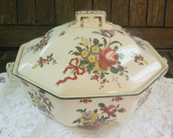 Vintage/Royal Doulton/Old Leeds Sprays /Tureen with Lid