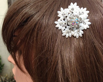 Snowflake Hair Comb: Winter Vintage  Snowflake Diamanté Wedding Comb