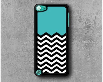 iPod Touch 5 Case Zig Zag Chevrons Blue
