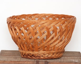 French wicker basket - Fruit/bread basket - French kitchen - French vintage
