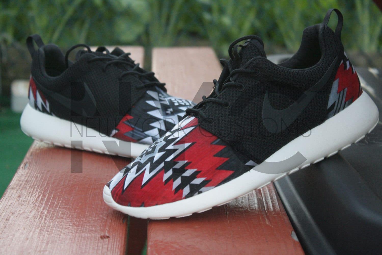 Nike Roshe Run Hyperfuse Black Black Tribe Green Venom Green 642233 001 Mens Womens Running Shoes 642233 001