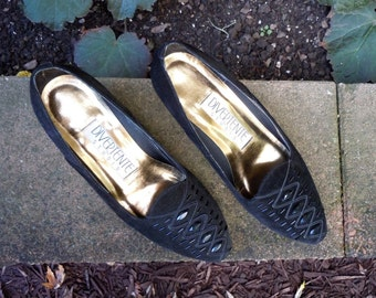 Black Suede Pumps, Formal Wear Shoes, Womens/Girls Low Heels, Size 7M, Black Suede/Bead Toe Shoes, Wedding Shoes, Cocktail Party, Prom Shoes