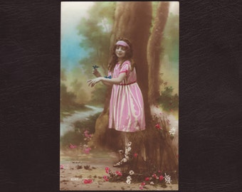 Girl in the forest playing with butterflies, French postcard - Hand tinted, unused antique postcard, vintage greeting card - ca 1915 (V2-15)