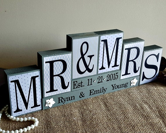 Mr And Mrs Gifts Wedding: Personalized Mr And Mrs Wedding Sign Wooden Blocks