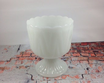 White glass Planter,pedestal bowl,milk glass,planter vase,flower pot,succulent pot,pedestal planter,glass planter,centerpiece arrangement