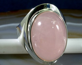 Rose quartz and 925 Sterling Silver Ring  --  4995