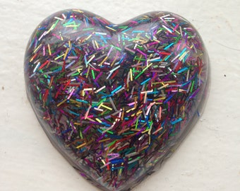 Mixed confetti heart brooch