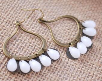 Gypsy earrings, Bohemian hoops, hippie style earrings, white drop beads earrings, music festival, summer trend, boho style, tribal earrings