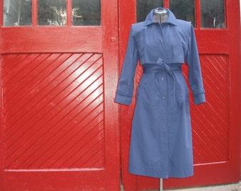 Vintage 1970's 1980's Blue Downpour Rain Resistant Trench Coat / Jacket Small / Medium size 9 / 10