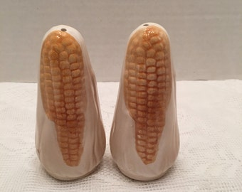 Corn Cob Salt & Pepper Shakers ~ Made in Japan ~Vintage