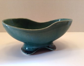 Brush Pottery Planter Green Color Brush Quality USA 722