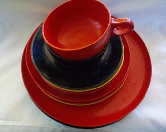 Vintage Melamine Dish Set, ON SALE, Florence by Prolon, 12 pieces, Black, Yellow, Orange-Red Melmac