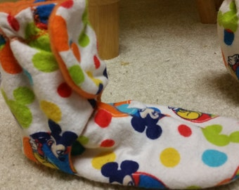 6.75 inch fit slippers,  Mickey Mouse booties, Mickey Mouse slippers, snap on slippers,  Mickey Mouse