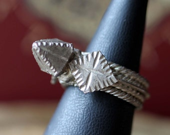 Vintage Yemeni Spike Tribal Ring. Yemen, Tribal Jewellery, End of 20-th century