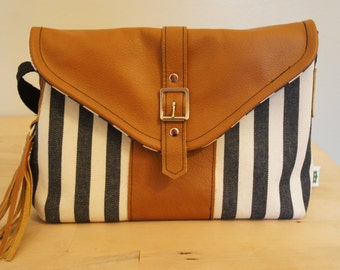 Handbag***Leather handbag