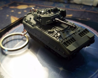 custom made keychain 1980'S m2 bradley army tank,flat olive green w/moving turit-cannon-hand made chain and jumprings/repaint-mint