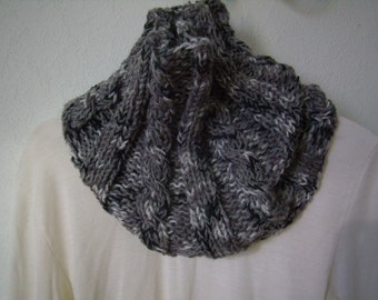 snood scarf circular gray/white, cowl, chunky scarf, infinity, made hand