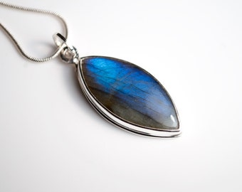 Labradorite & Sterling Silver Pendant Necklace - Labradorite 925 Silver Jewelry - Modern Labradorite Minimal Necklace - Marquise Blue Stone