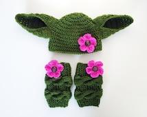 Star Wars Costume, Yoda Baby Hat and Leg Warmers, Yoda Hat, Baby Girl Hat, Yoda Costume, Crochet Baby Hat, Kids Dress Up, comic con costume