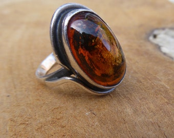 Vintage Amber Ring - Silver Ring - 60's Jewelry - Baltic Amber -  925 Silver Poland - Size 8