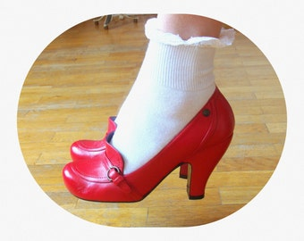 Vintage 50's Repro Red Leather Pumps / size EU 37 / UK 4 / Rockabilly / Pin up