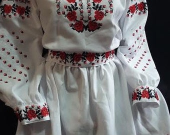 Ukrainian dress Embroidered women's original with red-black embroidery Size L