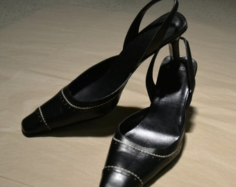 "Coach Brand Womens Shoes Size 10B Black White Slingback High Heels Spectator Style Made in Italy Vintage Leather Wardrobe Classics ""Cathy"""