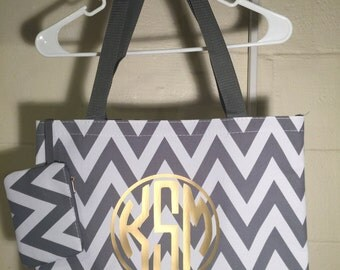 Monogrammed chevron tote, monogram tote, monogram bag, wedding gift, bridesmaid gift, cute chevron tote, chevron tote bag, over night bag