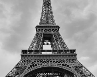 Eiffel tower, black and white photography, Paris photography, digital print, instant download, printable art, wall decor, home decor