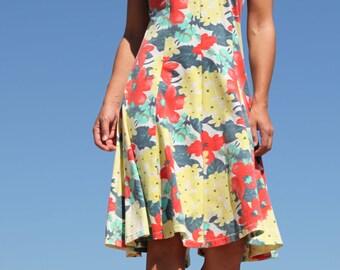 Vintage floral beautiful cotton dress.size L