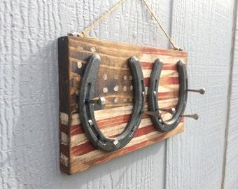 American flag horse shoe jewelry or key hanger, horse shoe decor