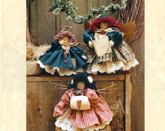 "Simply Nantucket's The Carolers Three 6"" & 8 1/2"" Angel Soft Doll Pattern"