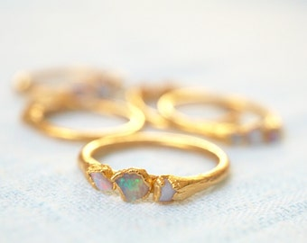 Raw Opal Gold Ring / Opal Ring / Gold Ring / Stacking Ring / Mother's Ring / October Birthstone / Triple Stone Ring