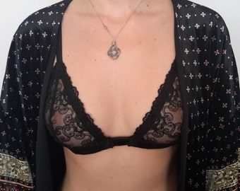 Black lace bra,soft bra,lingerie,triangle bra,gift for her,wedding,women's clothing