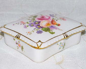 Royal Crown Derby Posies Trinket Box