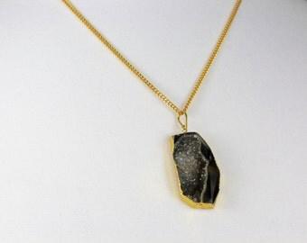 Druzy Necklace, Druzy Jewelry , Gemstone Jewelry , Black Gemstone Necklace  , Gold Gemstone  Pendant Necklace , Gemstone jewelry ,