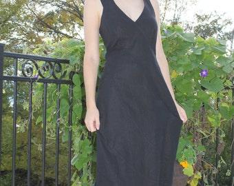 Dress in black linen, beautiful !, Size 10 Us, size Eur 42
