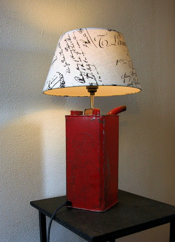 Red Shell oil can unique vintage 1960s table lamp
