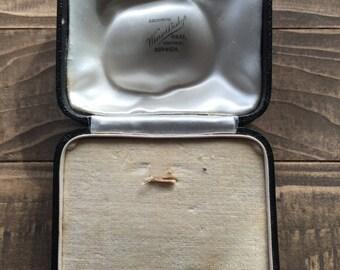 Vintage jewelry box London street Norwich