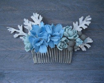 Winter wedding hair comb Blue flower comb Bridal hair comb Hydrangea hair piece Floral comb Bridesmaid hair comb grey and blue wedding dress