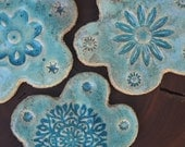 Ceramic magnet. Magnet set. 3 blue ceramic flower magnets. Fridge magnets. Refrigerator magnets. Handmade magnet. Decoration magnet. Pottery