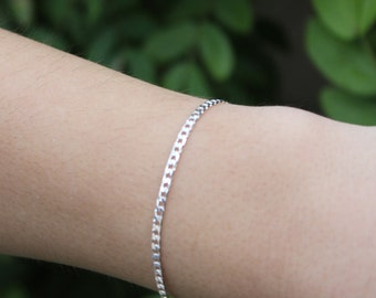 GWEN SMALL SILVER Chain Bracelet, Thin Silver Chain Bracelet Stackable