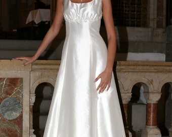 simple cut wedding gown with gathered bustier