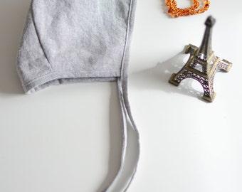 Stone Grey Linen Bonnet