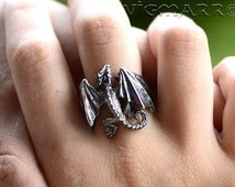 Dragon Rings .Dragon Pendant.Silver Dragon.celtic dragon.Dragon Gift.Game of thrones Ring.house targaryen.Fantasy Dragon. Flying Dragon.