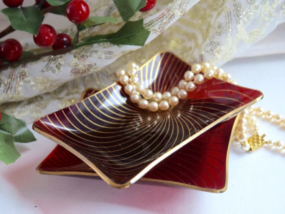 Pair Retro red & gold trinket, pin, ring dish, gold swirl pattern with gold trim, Christmas red,