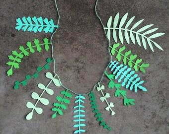 Falling Leaves // Unique Paper Garland