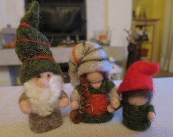 GNOME family in carded wool-Needle felted family gnomes
