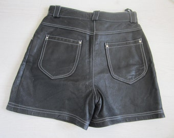 80s/90s Vintage High Waist Black Leather Shorts size 36